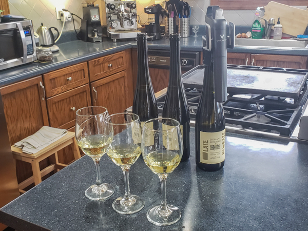 Horizontal Wine Tasting with a Coravin